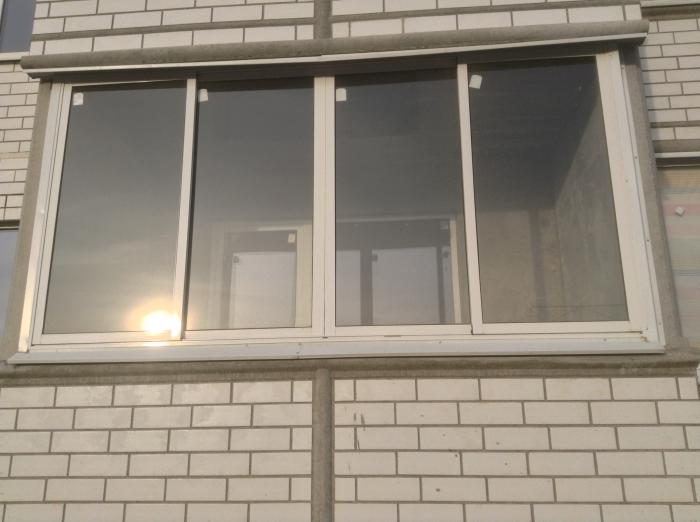 Алюминиевая раздвижная рама на балкон. новая. продаю. - толь.